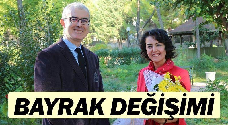 A.Ü'de Prof. Dr. Nihan Yağışan görevini Prof. Dr. Attila Kadri Şendil'e devretti.