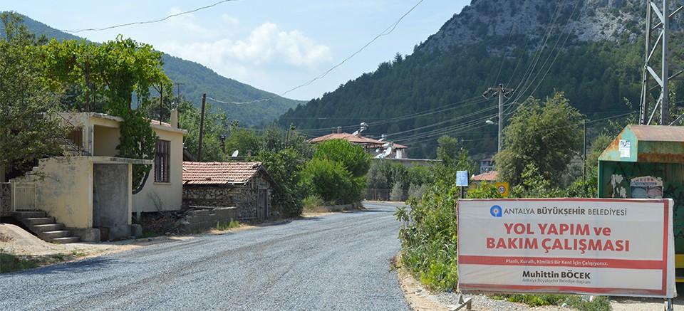 Akseki Güçlüköy Mahalle yolları asfaltlanıyor