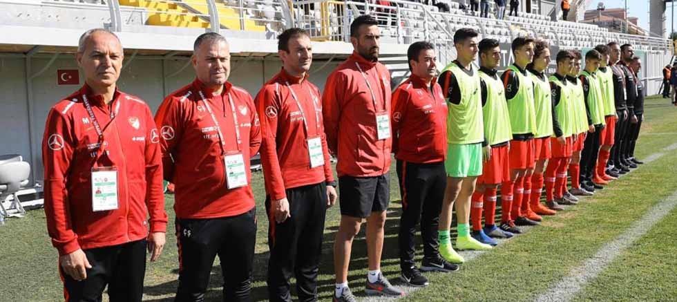 Aksulu antrenör ve sporculara milli görev