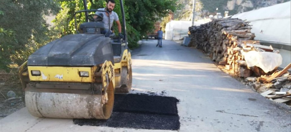 ASAT'tan Korkuteli ve Demre'de asfalt
