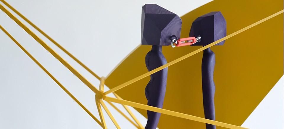 AÜ, iletişimsizliği anlatan heykel ile dereceye girdi