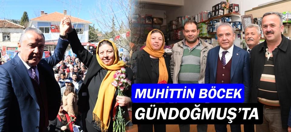 Başkan Böcek, Kadınlar Günü'nde Sultan Çetin'i ziyaret etti
