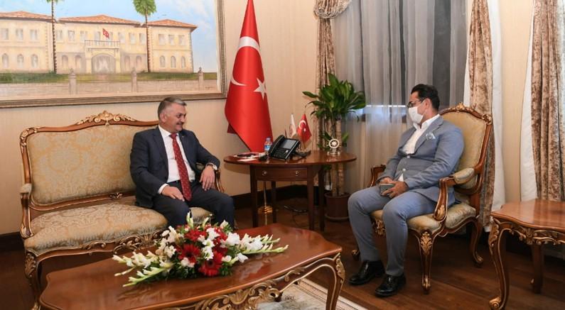 Başkan Küçükkuru yeni atanan Vali Yazıcı'yı ziyaret etti