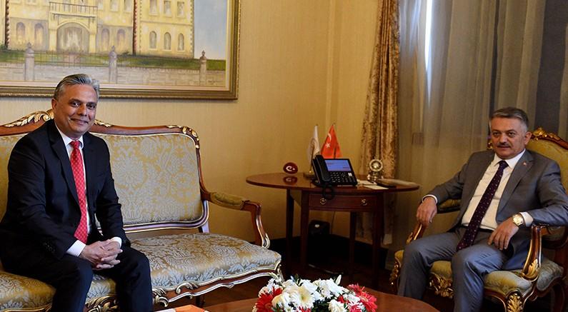Başkan Uysal'dan, Vali Yazıcı'ya ziyaret