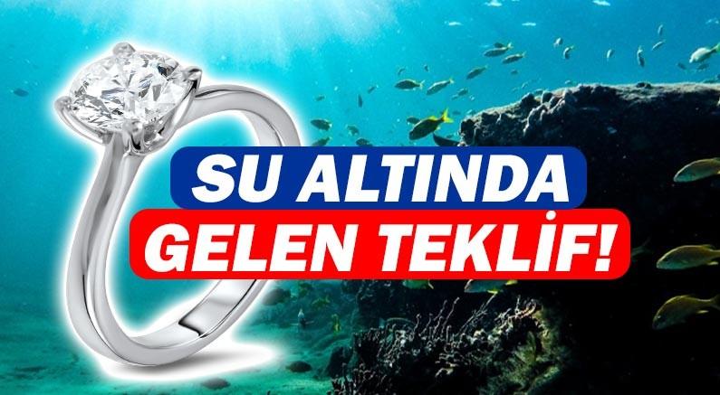 Denizin dibinde evlilik teklifi!