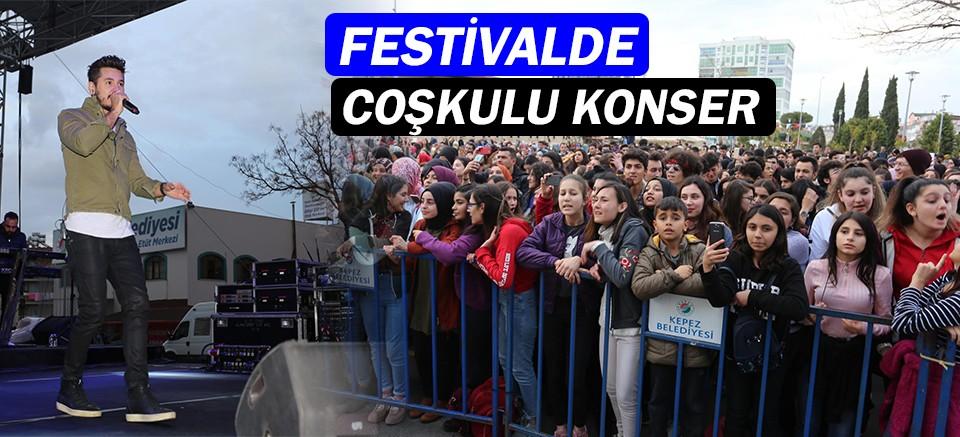 Kepez Alışveriş Festivali'nde Kolpa konseri