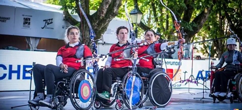 Klasik Yay Kadın Milli Takımımız Hollanda'da dünya ikincisi oldu