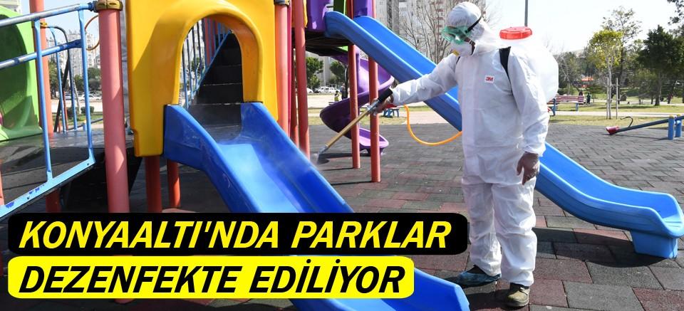 Konyaaltı'nda parklar dezenfekte ediliyor