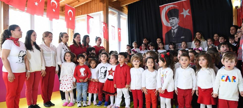 """Kreş öğrencileri """"İstiklal Marşı""""mızı coşkuyla okudu"""