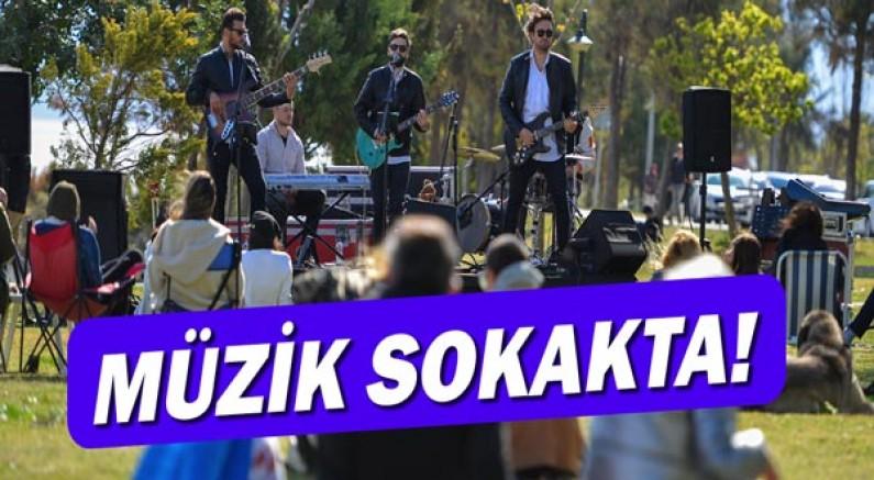 Muratpaşa'da müzik sokakta!