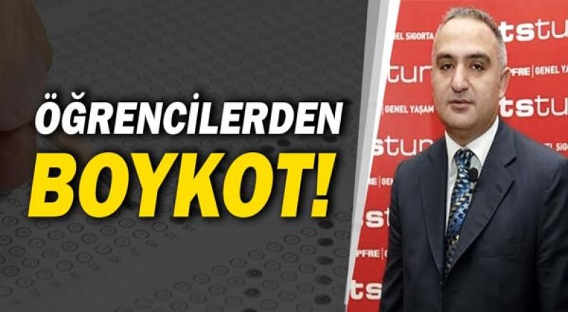 Öğrencilerden Mehmet Ersoy'a tepki!
