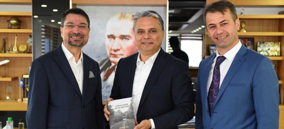 Ümit Uysal, yazar Levent Şahin'i ağırladı